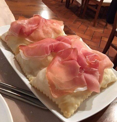 gnocco-fritto-con-prosciutto